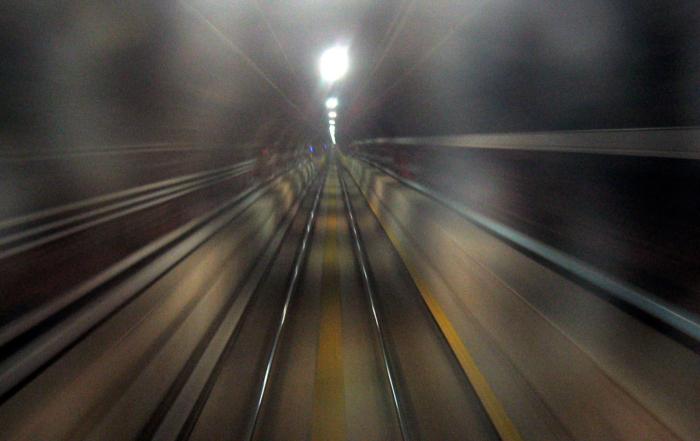 path-train-1548254-1600x1200
